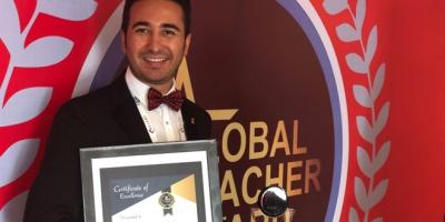 Yılın Öğretmeni Ödülü'nü Türk Öğretmen kazandı